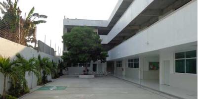 Liceo Juárez cuenta con zonas al aire libre